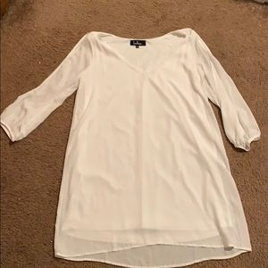 White dress with keyhole sleeves